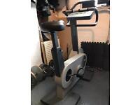 Technogym xt 600 exercise bike