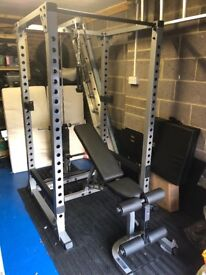 Body-Solid Commercial PowerRack & Selectorised Lat Attachment & 5-30kg (Pairs) Free Weights