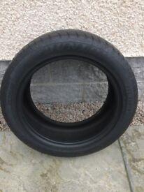 Tyre 1 x Dunlop 01 235 50 18 Fit BMW X3