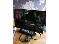 Tv 16inch vgc hardley used, control not working for some reason, pick up only