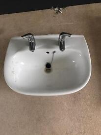 Bathroom sink & mixer taps