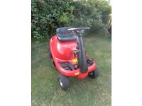 Ride on lawnmower compact Mtd Sprint vgc recently serviced.