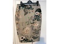 River island flowery skirt