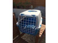 Cat / rabbit pet carrier