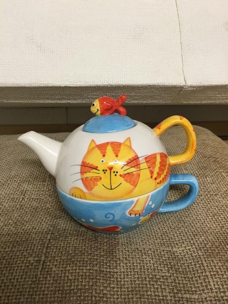 Tea Pot and Cup in one