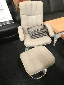 Never used_NEW relaxe armchair with stool- grey fabric
