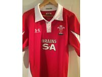 Wales home rugby jersey 2009-2010