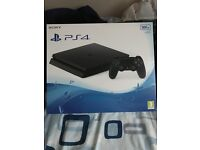 Ps4 slim 500gb boxed mint condition