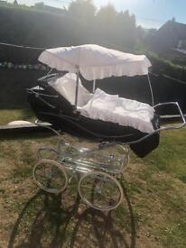 Silver Cross Kensington coachbuilt pram