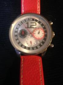 Authentic Men's Vintage D&G Watch With Leather Strap Excellent Condition