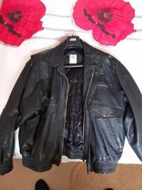 Mens heavy leather biker style jacket size XL