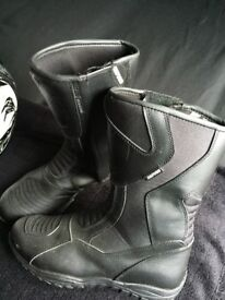 Motorbike boots size 9