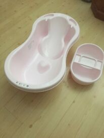 Baby bath and top and tail wash bowl