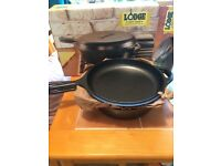 Brand new 3.2 Quart Lodge cast iron Combo Cooker