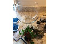 Fish bowl complete with pump and accessories