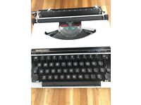 Vintage Silver Reed SR100 Tabulator Typewriter