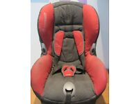 MAXI-COSI PrioriFix Car Seat in Pearl Red AND MAXI-COSI Easy FIX Base Isofix in Black