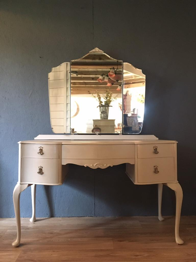 Light Grey Shabby Chic Dressing Table