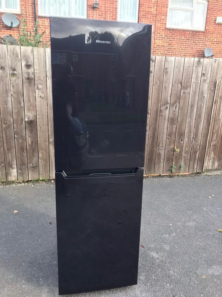 Hisense Fridge Freezer 6Ft Black