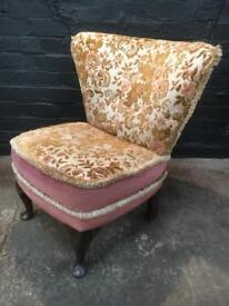 Fabulous mid century bedroom Chair on Queen Ann legs