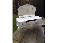 VINTAGE VANITY DRESSING TABLE *** RESTORED***