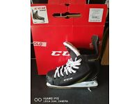 WORE ONCE, CCM 1052 ICE HOCKEY SKATES