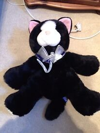 LARGE SOFT TOY CAT AND PONY