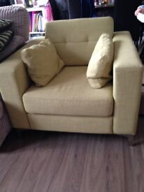 Great condition Green arm chair