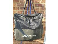 Daiwa keepnet carryall