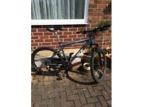 "GT Avalanche 1.0 Mens Mountain Bike, Medium (18""), Good Condition"