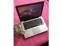 Macbook Pro 13.3' 2012 Dual-core i5 2.5Ghz (T Boost 3.2Ghz)10GB Ram, 820Gb HDD, Graphics Card 1536MB