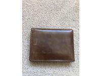 Men's Fossil Derrick Leather Flip Trifold Wallet