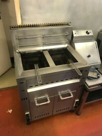 Commercial double deep fat fryer and chip scuttle