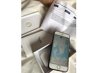 iPhone 6 unlocked 128gb in Great condition silver/white