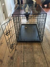 RAC Medium dog crate with plastic tray