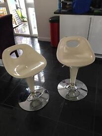 Cream bar stools NEED TO BE GONE BY 30th