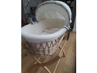 Izziwotnot Natural Wicker Moses Basket With Wooden Stand