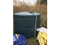 Empty oil tank hold 2500 liters single bunded needs gone ASAP collection only £40