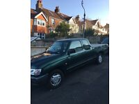 TOYOTA hilux pick up van ideal for export