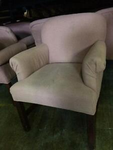 CHAISES A BRAS --- ARM CHAIRS