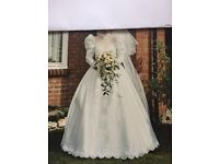 Vintage Wedding Dress (Size 10)