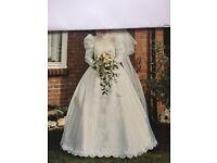 Vintage Wedding Dress (Size 10)