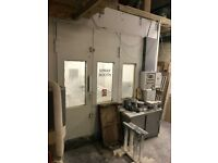 Spray booth with oven