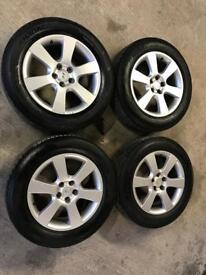 "Hyundai santa fe 2006-2012 18"" alloys and 4x good tyres, kia, hyundai, jeep, wheels"