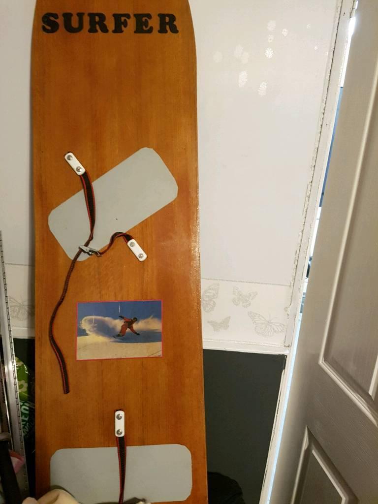 Ski surfer