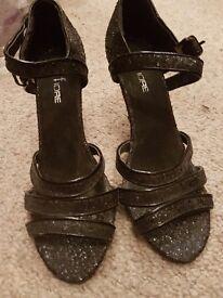 Black party shoes