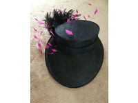 Ladies Hat (Hat Box) from Debenhams in Black and Pink