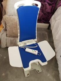 Bath lift/chair (Bellavitta)