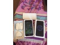 iphone 6 grey unlocked great condition boxed with all accessories selling as upgraded