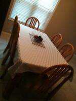 Maple kitchen table with 6 chairs